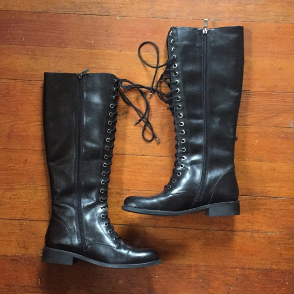 28d5d1f3536 Vince Camuto Lace-Up Riding Boots. M 5a529c3b50687cafd802a014